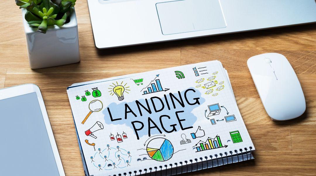 A landing page, ou página de destino, é uma página do seu site no qual é possível disponibilizar um recurso em troca das informações de contato do visitante