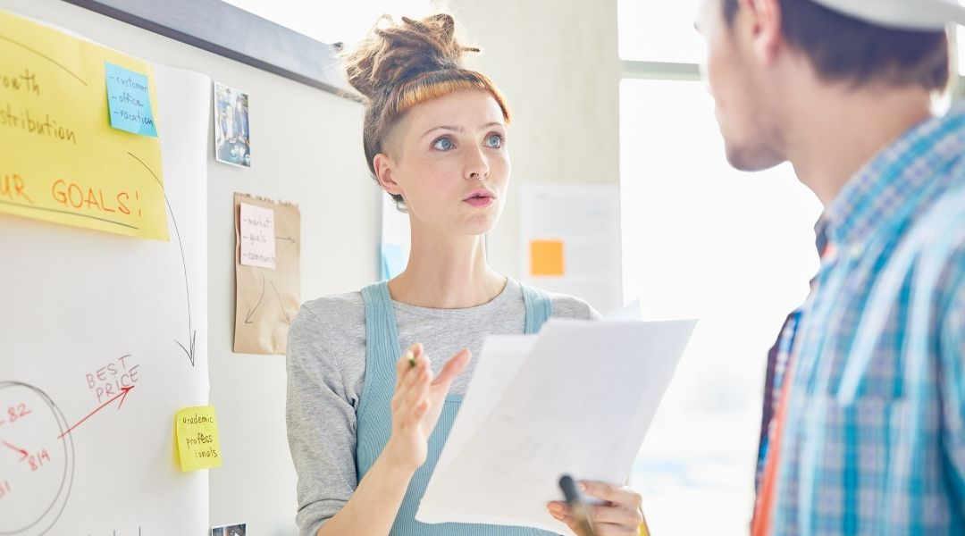 Tudo começa com um plano de marketing detalhado que inclui estratégias e processos